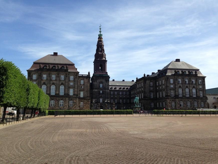Дворец Кристиансборг, бывшая королевская резиденция