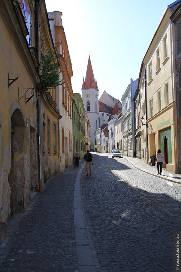 Улица Зноймо