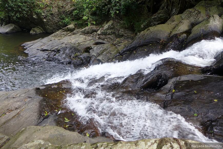 В Каенг Карачане есть и другие водопады, только добраться до них сложнее, тропа не оборудованная, зато и туристов там нет практически.