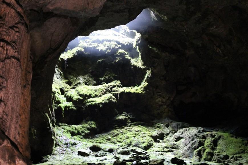 колодец в пещере. благодаря ему её нашли