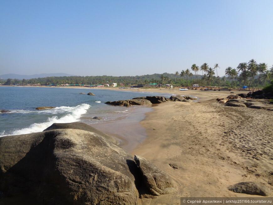 Вид на Агонды с южной точки пляжа