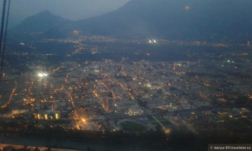 Funivia di Trento ночью особенно красив, до сих пор мурашки по коже!