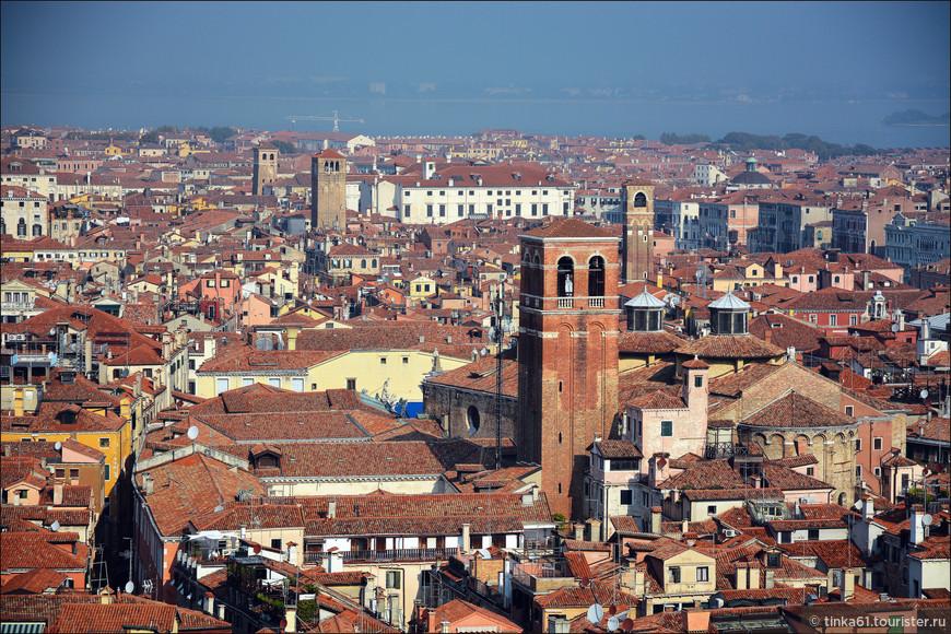 Оказывается и в Венеции немало башен.