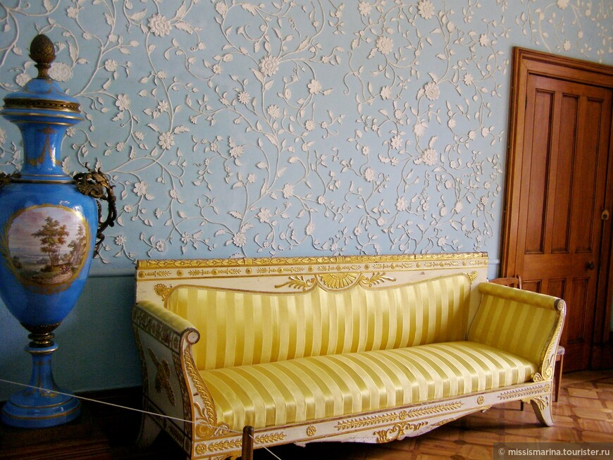 Интерьер Голубой гостиной