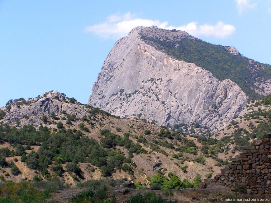 Красивые виды гор тоже впечатляют