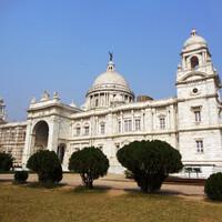 В  Калькутту — столицу штата Западная Бенгалия