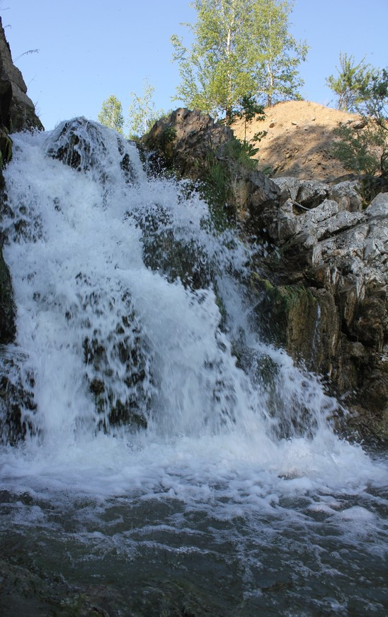 Игра потока водопада.