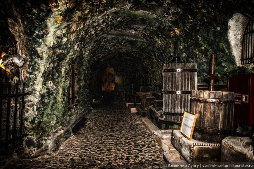 санторини музей виноделия (18).jpg
