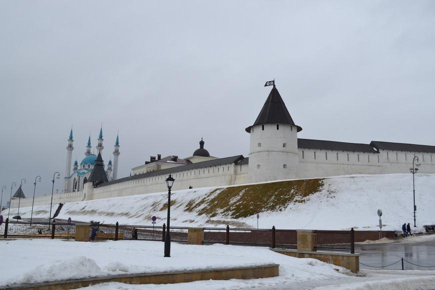 Вид на кремль с ул.Баумана