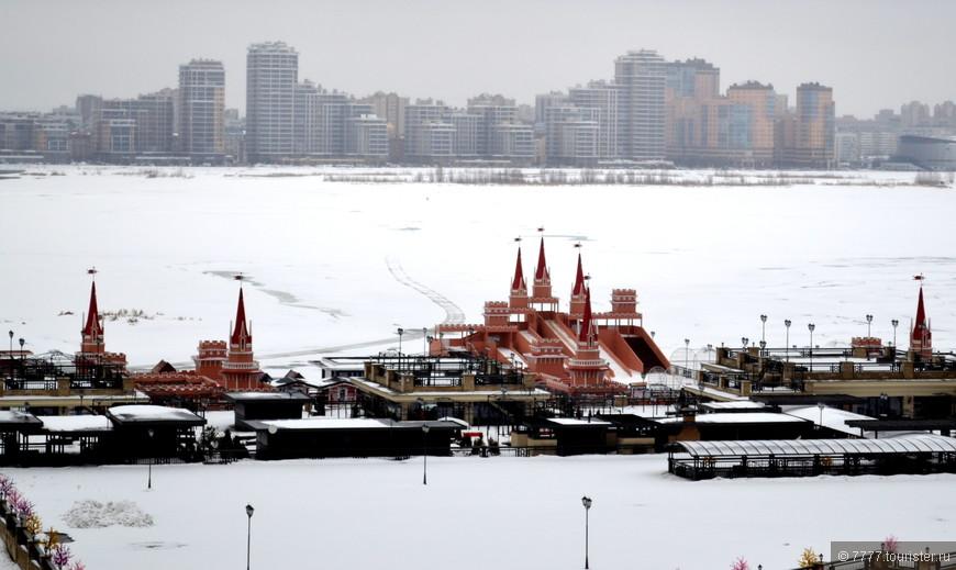 Вид из Кремля на Казанку и город