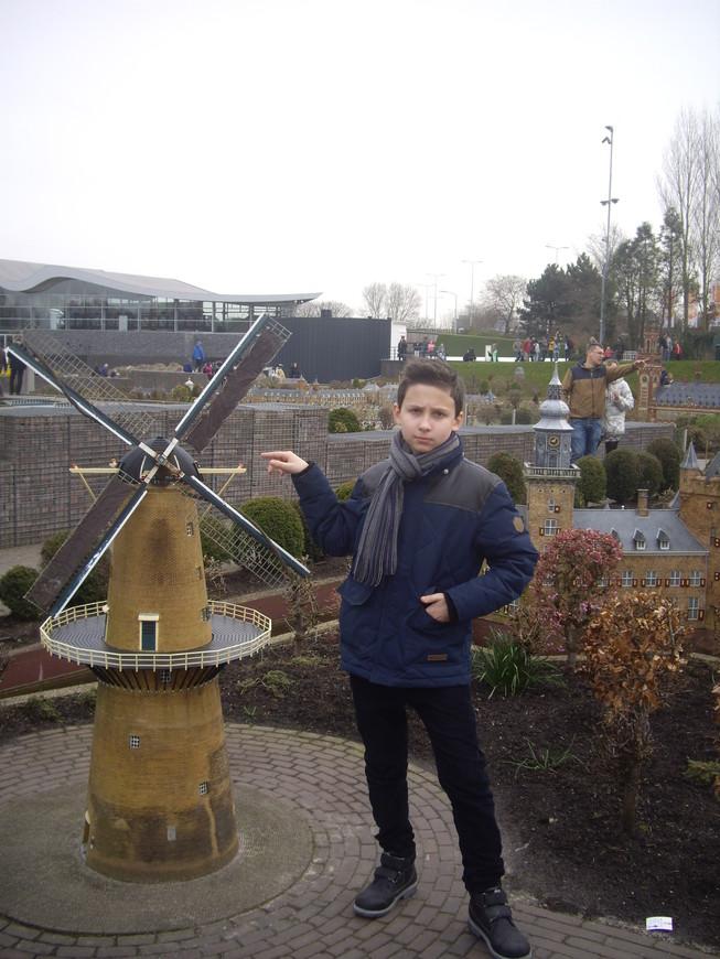 Символ Голландии - ветряная мельница