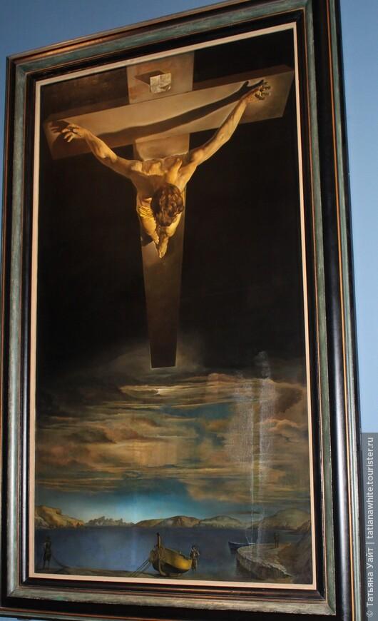"""Ради этого шедевра можно ещё посетить Глазго - Сальвадор Дали «""""Христос святого Хуана де ла Крус""""» (исп. Cristo De San Juan De La Cruz)."""