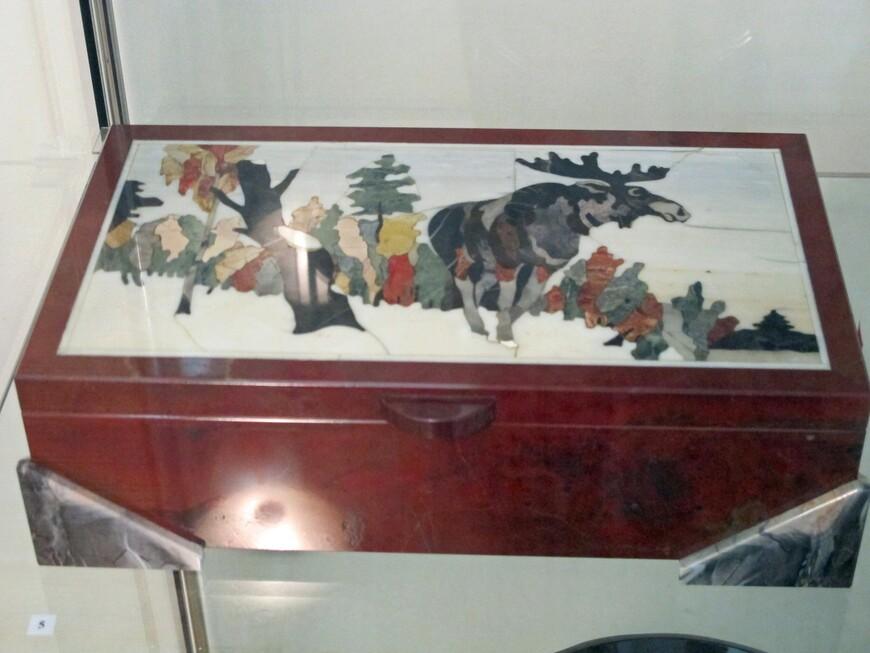 """Шкатулка """"Лось"""", 1997  год, Васильев Е.Е., Погодин И."""