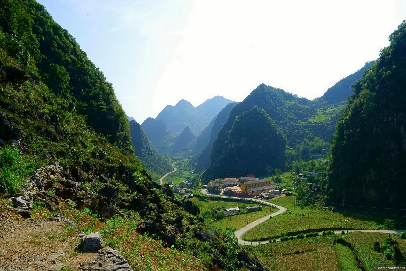 Нереальный Вьетнам. Едем из Ha Giang to  Dong Van