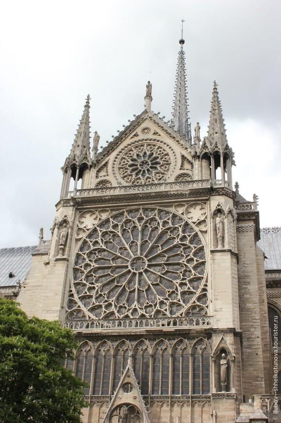 Собор Нотр-Дам де Пари. Париж. 01.05.2014