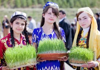 Навруз: как отмечают праздник весны в странах Азии