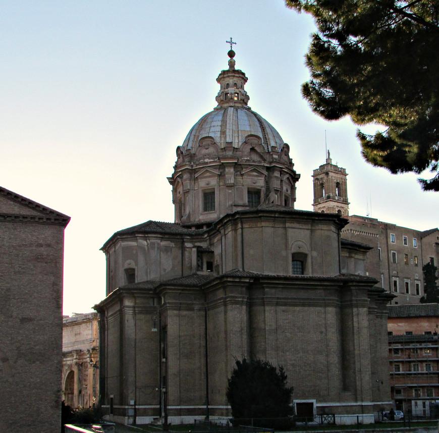 Церковь св. луки и Мартины.