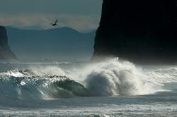 На Камчатке бушует циклон с волнами высотой 9 метров