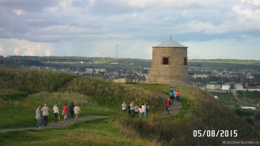 Многовековая елабужская башня