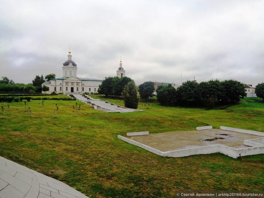 Вид с моста на  на церковь Михаила Архангела