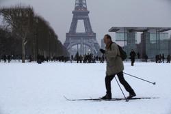 Европа страдает от снегопадов