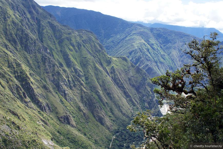 Когда я в последний раз улетал из Перу, мне казалось, что я обязательно вернусь, через пару месяцев. Жаль что не сложилось. Во многих смыслах «глубокая» страна