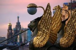 """Петербургский музей раскритиковал традицию тереть скульптуры """"на удачу"""""""