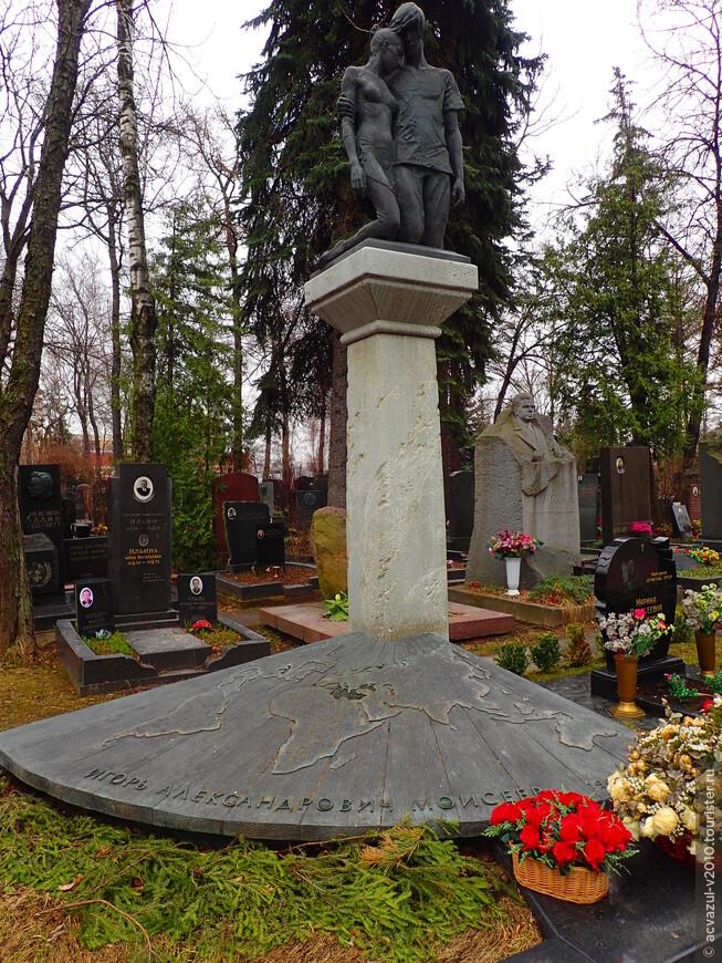 Памятники на могилу нижний новгород цены юг авто памятники из полимергранита