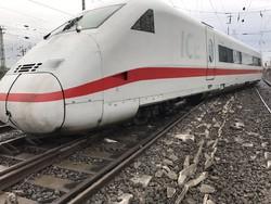 Скоростной поезд сошел с рельсов в Германии