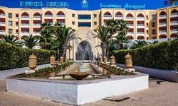 В Тунисе вновь открылся отель, в котором два года назад произошел теракт
