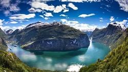 Норвежские фьорды свяжут автобусным маршрутом