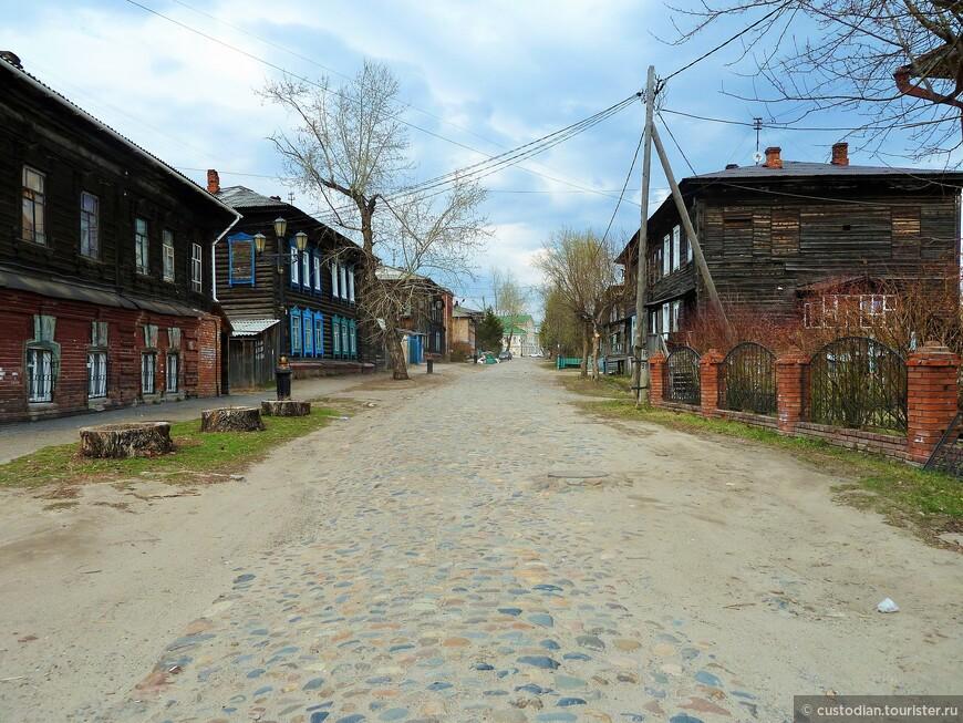 ул.Бакунина (по дороге на Воскресенскую гору)
