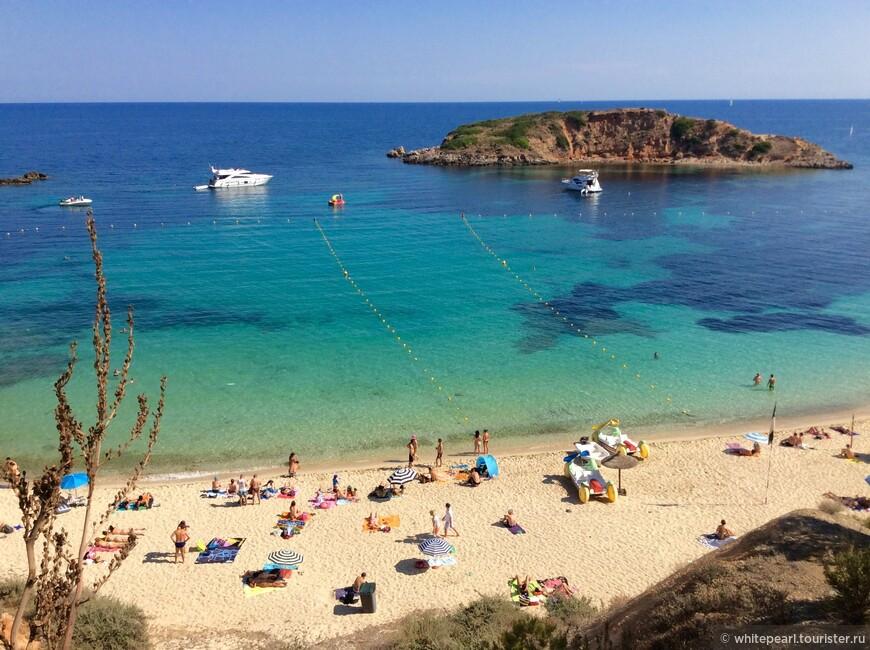 Playa Puerto Portals (пляж Пуэрто Порталс), муниципалитет Calviá