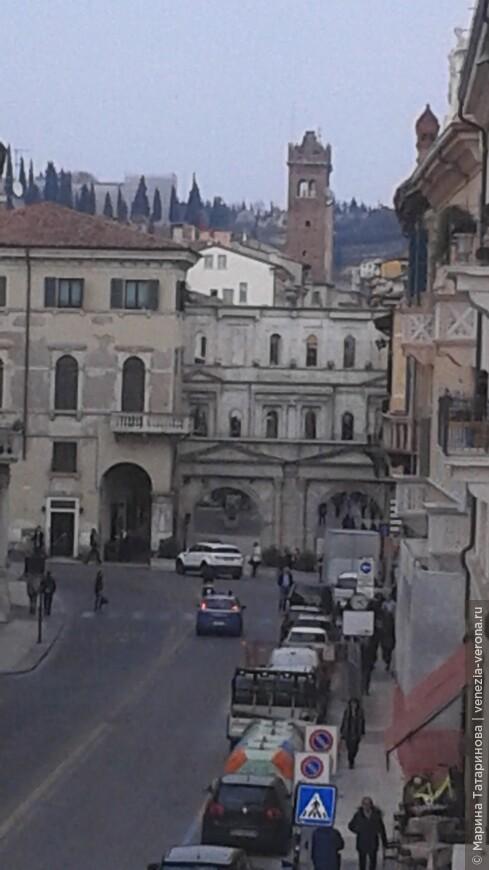 Римские ворота Борсари в Вероне