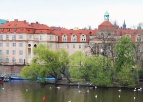 Влтава — украшение Праги