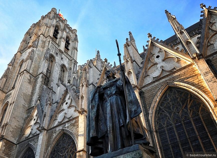 Хотя Бельгия и стала жертвой агрессивной политики Германии во время обеих мировых войн, Брюссель не был подвергнут значительным разрушениям. Благодаря этому архитектура и улицы Брюсселя до 60-х годов (а частично и в наши дни) оставались такими же, как и во времена основания города.