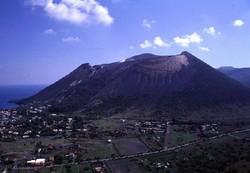 Ученые прогнозируют извержение супервулкана под Неаполем