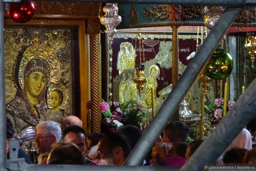 Вифлеем,  Храм Рождества Христова, Богородица нам улыбается