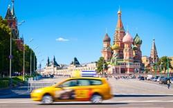 Таксист в Москве ограбил американского туриста