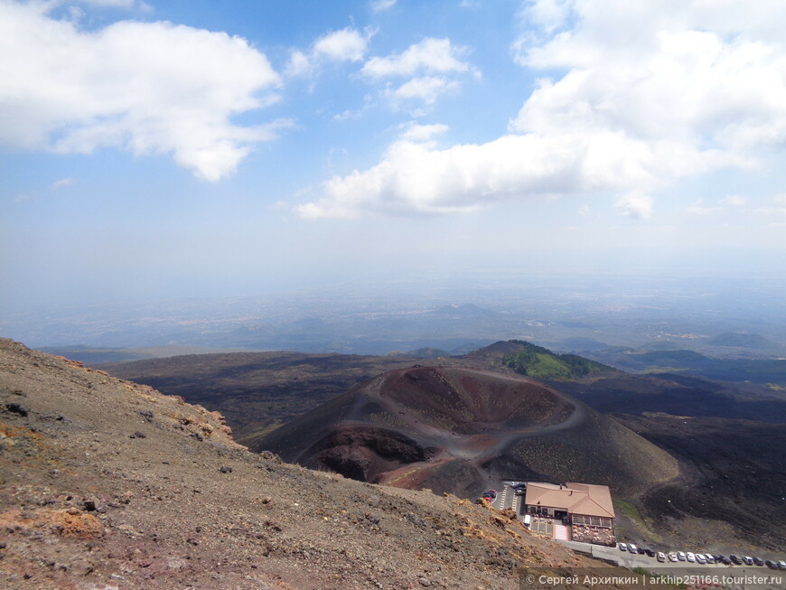 Виды с Сильвестри на другой кратер тоже Сильвестри - но расположен на 300 метров ниже - на него я тоже зайду