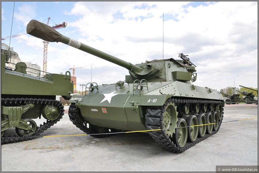 76-мм самоходная артиллерийская установка М18 «Hellcat»