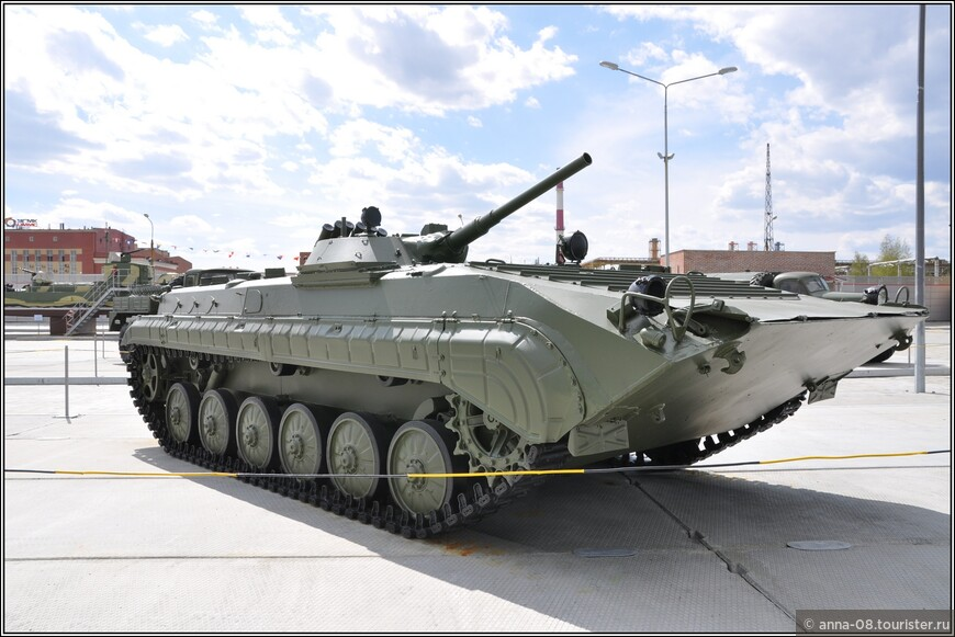 Боевая машина пехоты БМП-1П образца 1979 г
