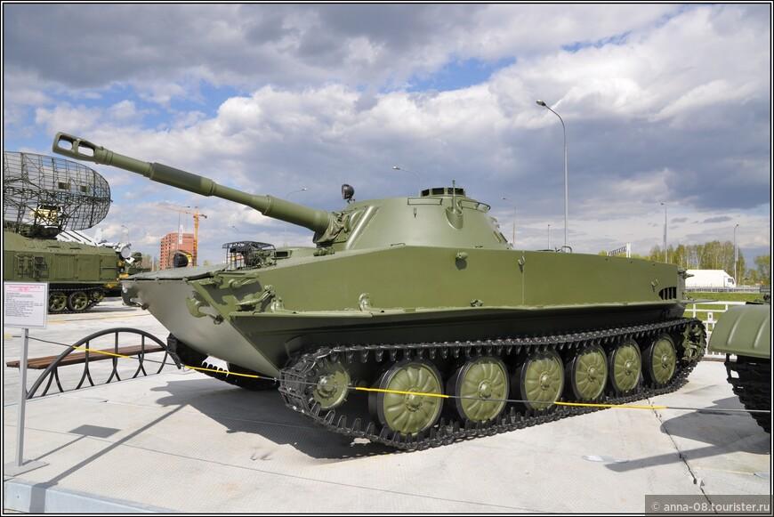 Легкий плавающий танк ПТ-76 образца 1951 г.