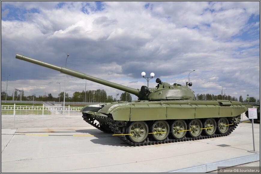 Основной боевой танк Т-72 «Урал» образца 1973 г.