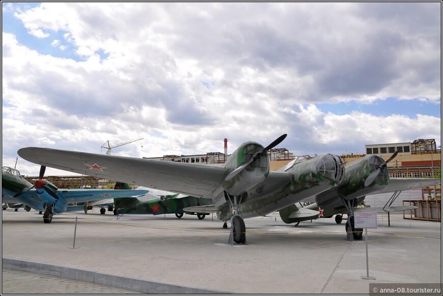 Скоростной бомбардировщик АНТ-40 (СБ 2М-100)