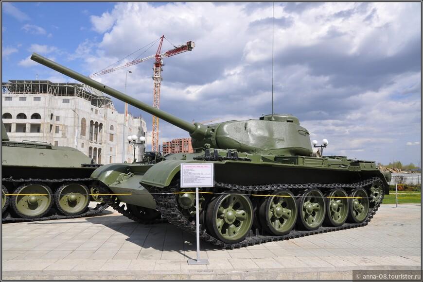 Средний танк Т-44М образца 1944 г.