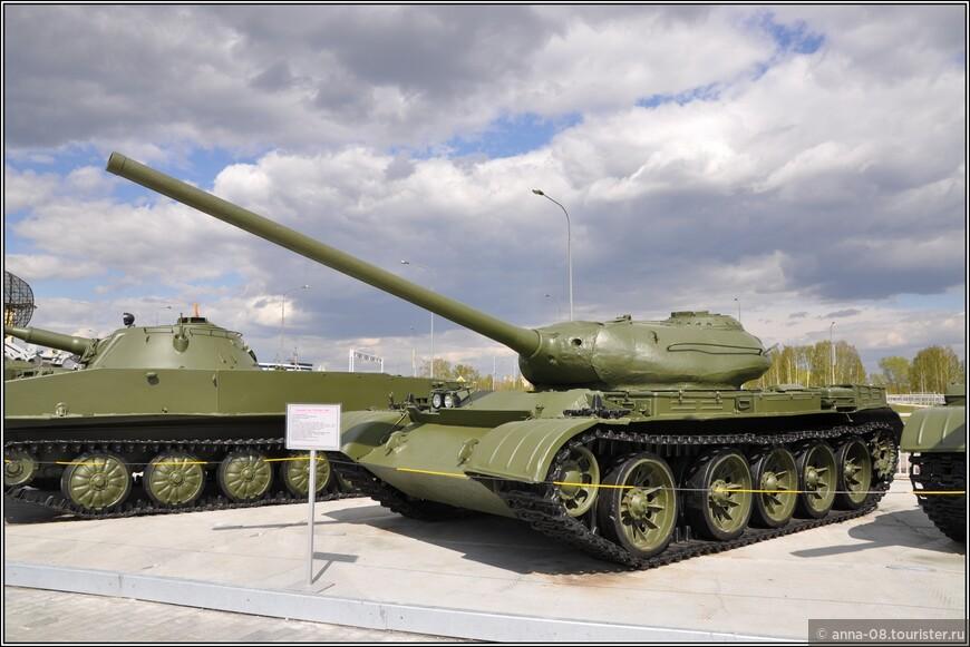 Средний танк Т-54 образца 1946 г