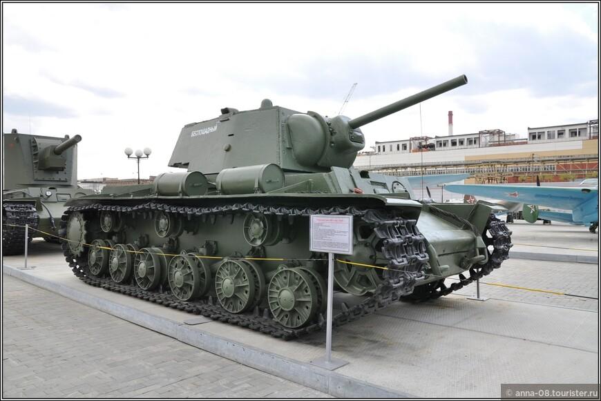 Тяжелый танк КВ-1 образца 1939 г.