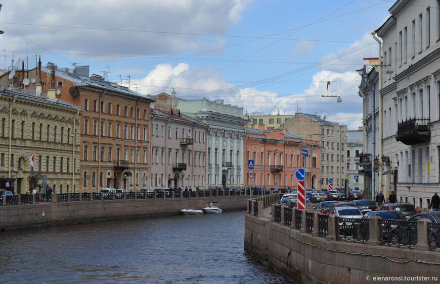 Петербург - это потоки машин...