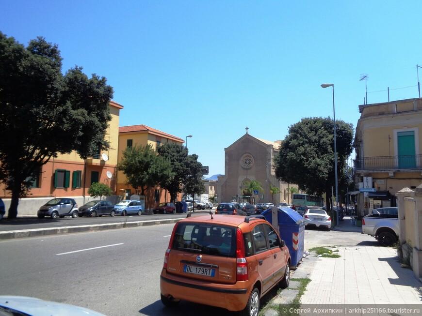 Вдали показалась церковь Иммокалата, построенная в 13 веке